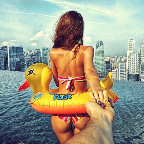 Follow me – Proiect fotografic romantic de Murad Osmann