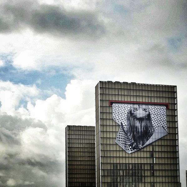 Cea mai mare pictura murala a lui JR pe Biblioteca Națională a Franței
