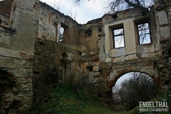Un documentar despre satul părăsit Engelthal din județul Sibiu