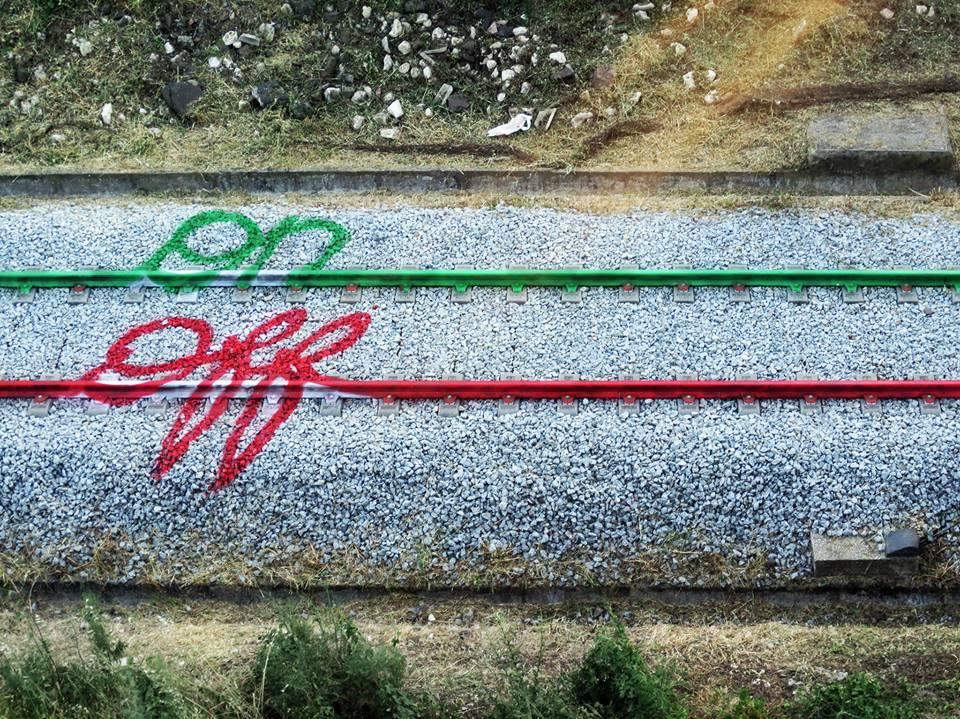 Bordalo II - Online/ Offline this is how we live. @Serafina Lisboa