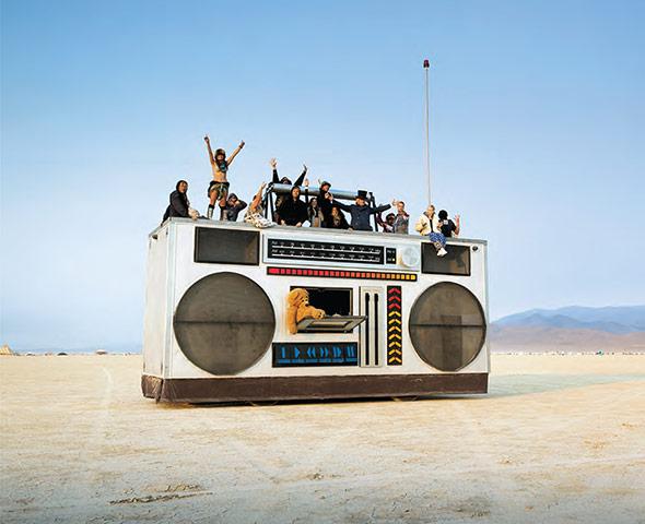 Vehiculele Mutante de la Festivalul Burning Man 2014